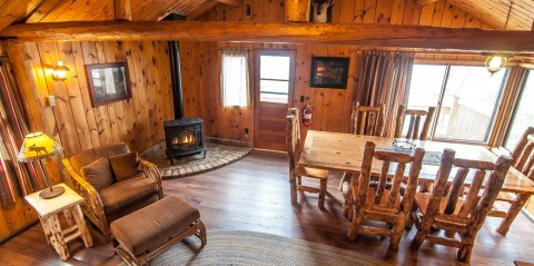 clearwater lodge cabin 4 interior