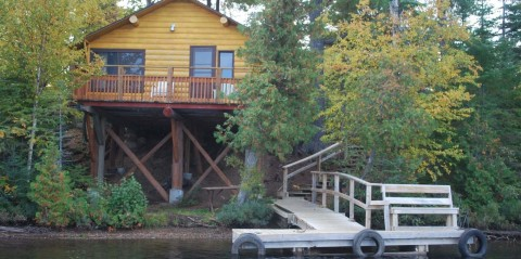 clearwater lodge cabin 4 on stilts with dock
