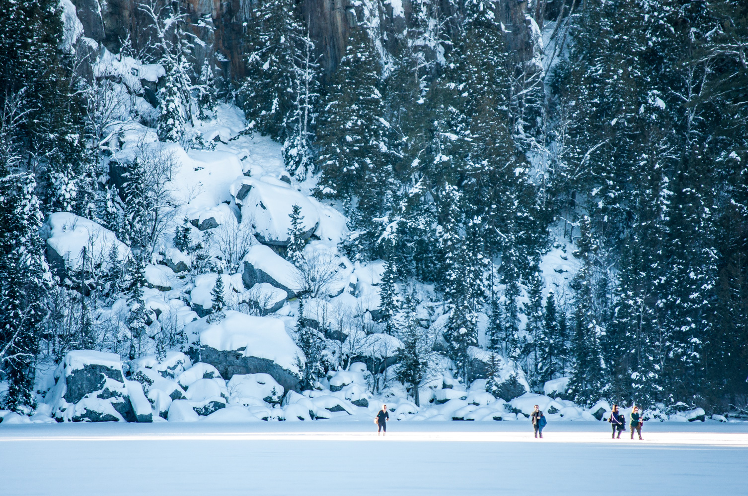 Een Warme Winter : Staying warm during your winter visit to the boundary waters